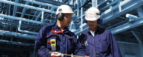 Ti vedi in un futuro dove sei tu a installare e gestire impianti industriali, a controllare processi tecnologici di produzione;